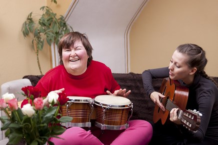 Who is Qualified to Practice Music Therapy?